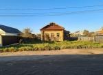 Дом с видом на монастырь